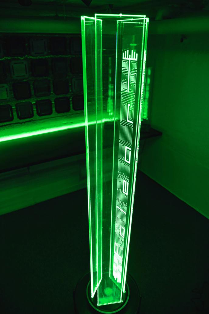 Stehleuchte_Diamond_one_green